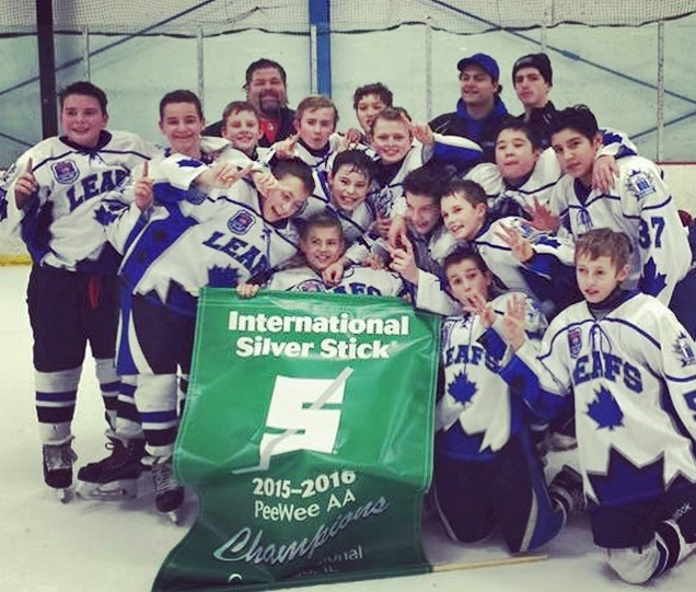 West Dundee Leafs 2015 Chicago Regional Silver Stick PeeWee Champions