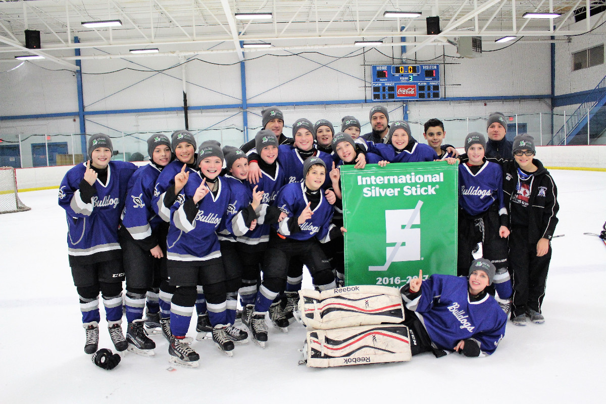 2016 Silver Stick PeeWee AA Champions Chicago Bulldogs.jpg