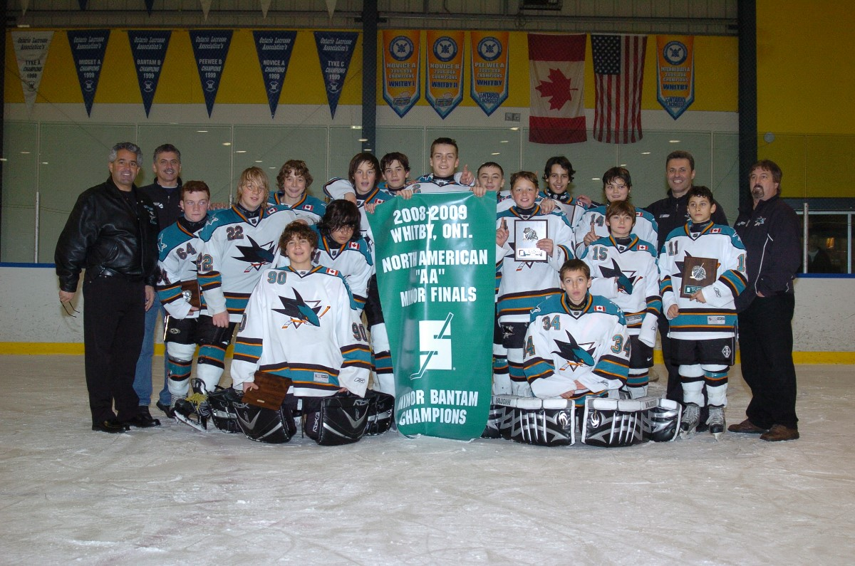 Humber_Valley_Sharks_M._Bantam_AA_2008-9.JPG